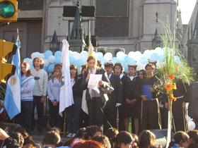 <i>Se celebra el Aniversario de la Virgen en la Iglesia Nuestra<br>Señora  del Rosario de Nueva Pompeya</i>