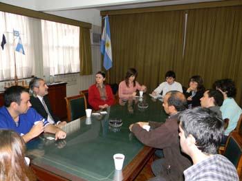 <i>Bienvenida del Asesor Náutico Capitán de Navío (RS) Eugenio Luis Faccin a los alumnos de la Escuela de Graduados en Ingeniería Portuaria.</i><br><br>