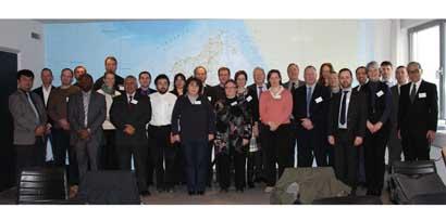 <em>Foto oficial de la Reunión con participantes</em><br>