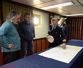Brindando información de detalle sobre la campaña al señor Ministro de Defensa.