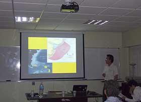 Exposición sobre los estudios de los procesos geomorfo-sedimentrarios que lleva a cabo el Servicio de Hidorgrafia Naval