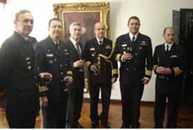<em>De izquierda a derecha: CF Dutruel, CF Marcus Vinicius Almeida Silveira, Director del SHN,CN Amintas Da Silva Viamonte,CN Henrique Baptista de Souza y CN Queiruga.</em>