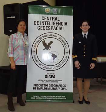 <em>Cartógrafa Universitaria SINEP B Alina Yamamoto y TN Licenciada en Cartografía Rocío Borjas</em>