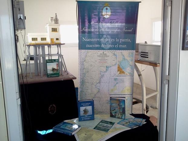 Stand del Servicio de Hidrografía Naval.
